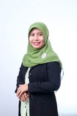 Sekretaris PPG (Yulia Nur Ekawati, M.Pd)